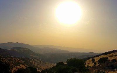 Przez Kurdystan i Persję